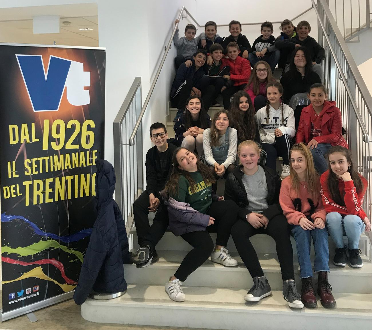 """I ragazzi della classe I A della scuola media """"Arcivescovile"""" di Trento"""