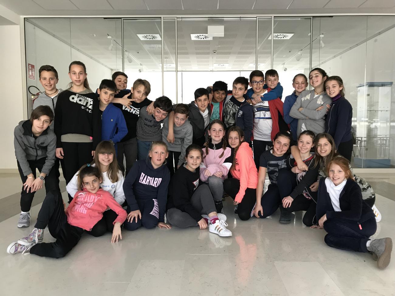 """La classe V A della scuola elementare """"Arcivescovile"""" di Trento"""