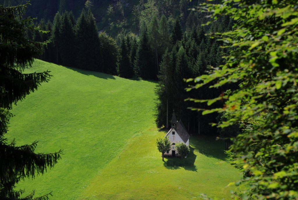 Chiesa nei boschi del Primiero