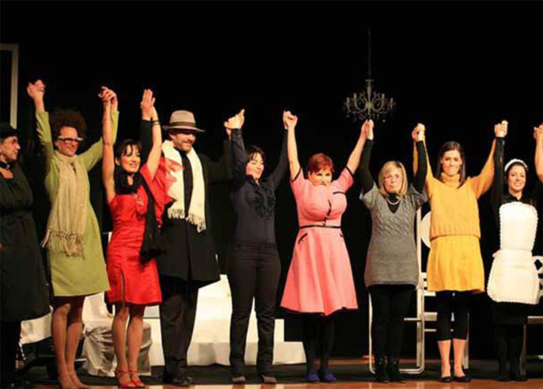 Alcuni degli attori della compagnia durante la rassegna Vigolana Teatro d'Estate