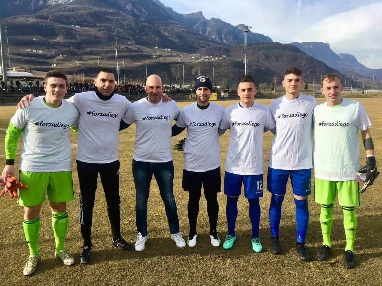 I portieri di Trento e Termeno sono scesi in campo domenica scorsa indossando la maglietta con l'hashtag #forzadiego