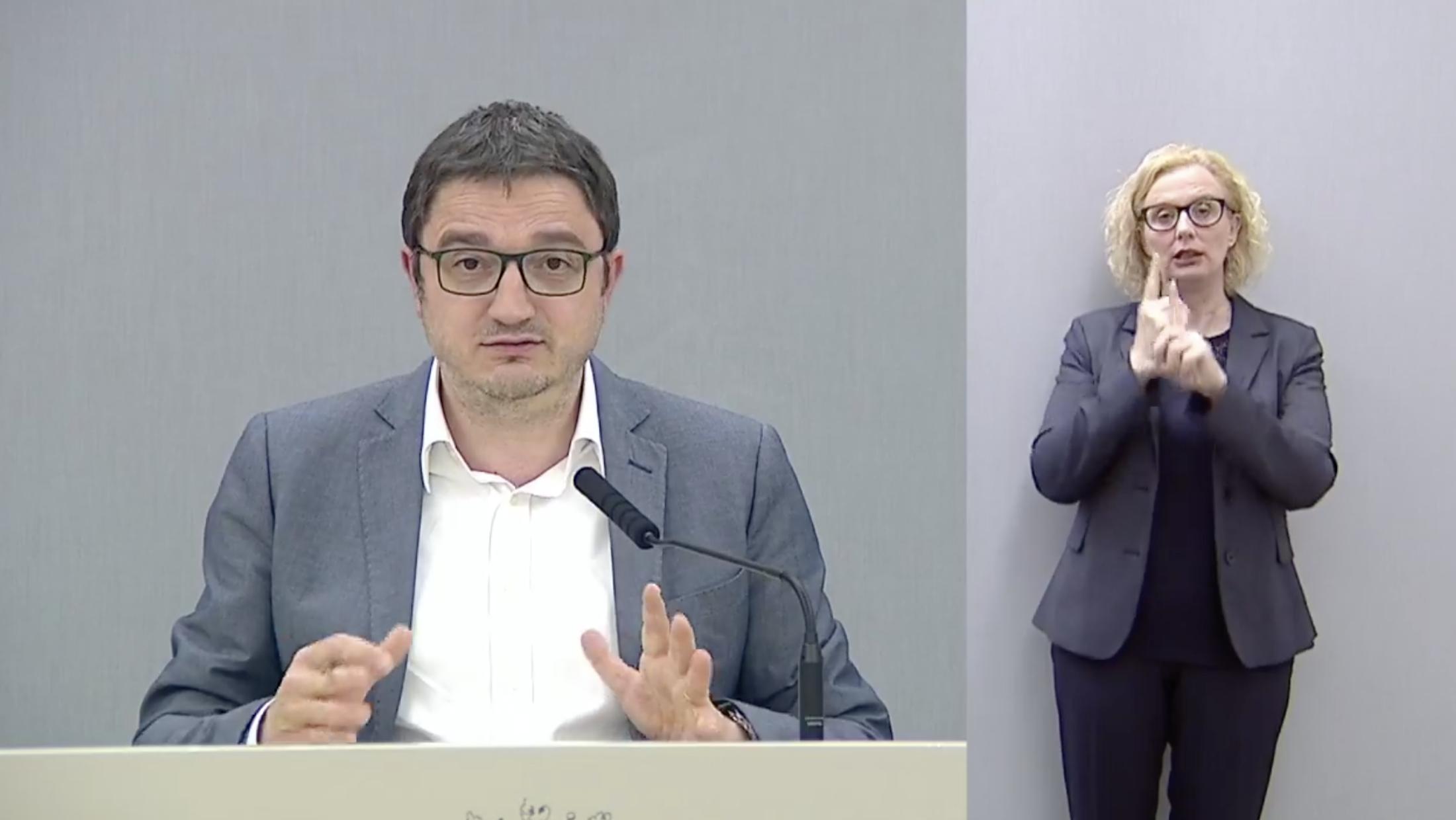 Maurizio Fugatti in conferenza stampa