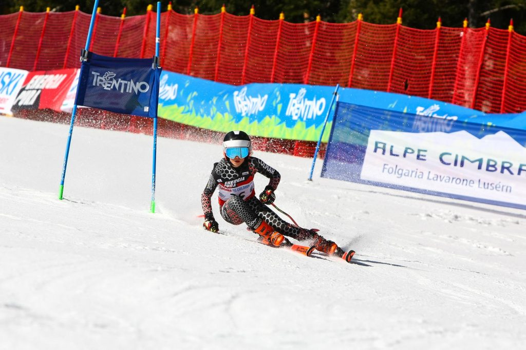 Una giovane promessa in gara nella scorsa Alpecimbra FIS Children Cup foto PegasoMedia