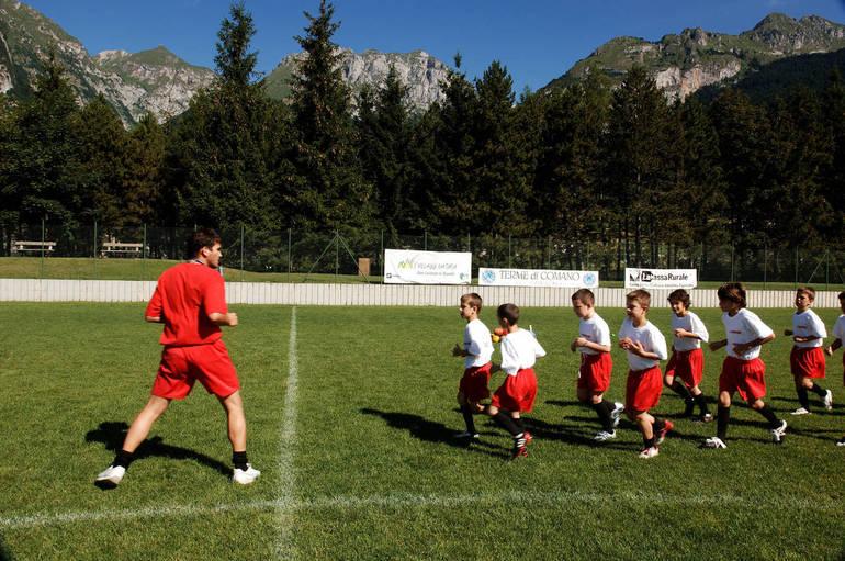Giovani sportivi in azione