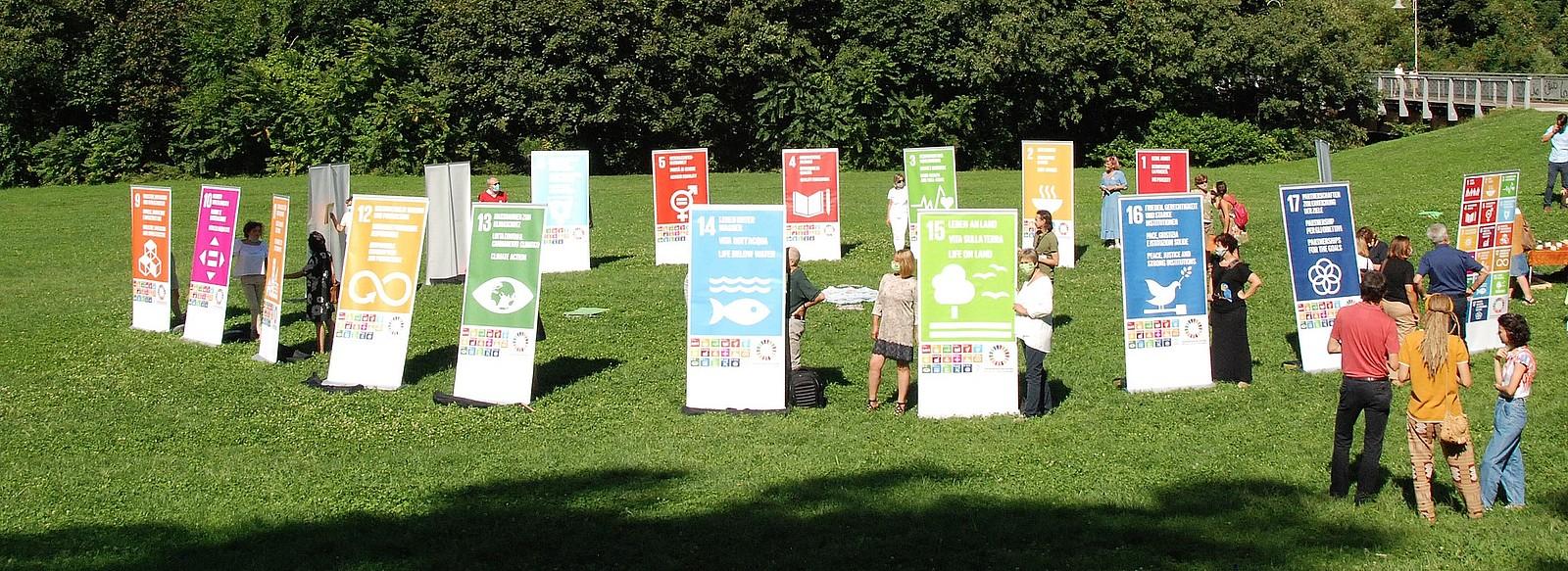 La presentazione della Rete dell'Alto Adige per la Sostenibilità, sui prati del Talvera