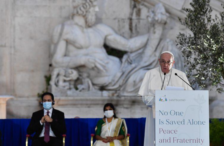 I leader religiosi riuniti con papa Francesco in Campidoglio