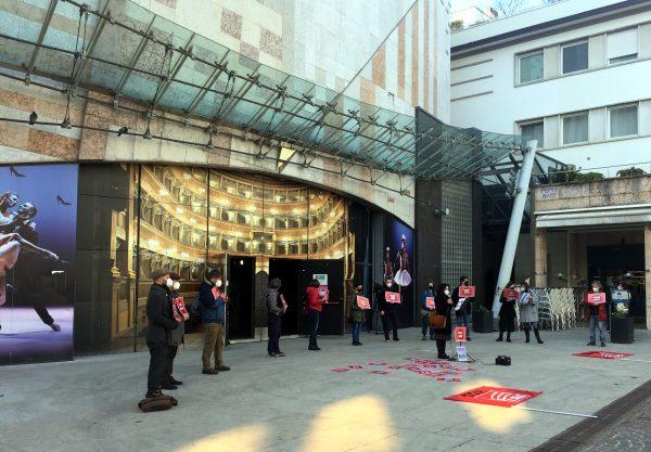 Manifestazione dei lavoratori dello spettacolo in Trentino