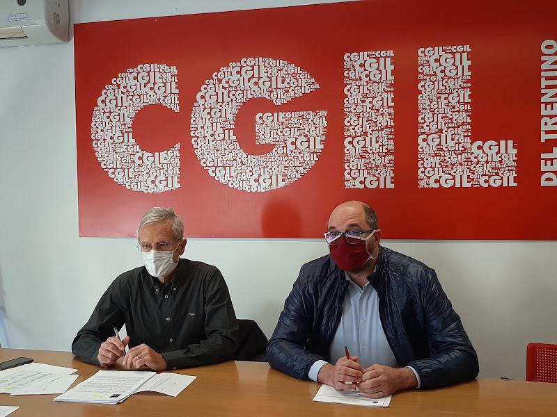 Franco Ischia e Andrea Grosselli presentano i dati di bilancio delle imprese trentine